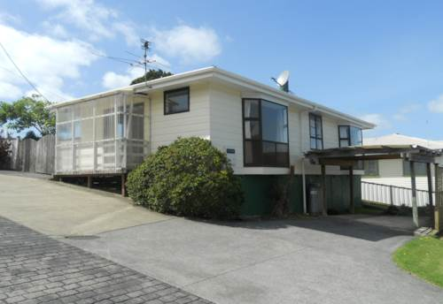 Glenfield, Great central location, Property ID: 41001158 | Barfoot & Thompson