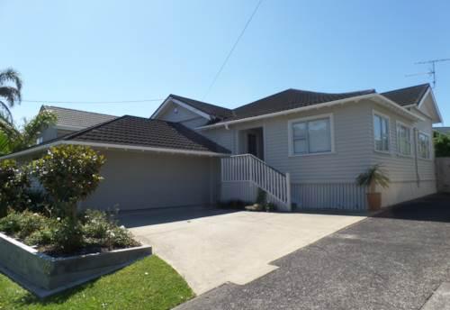 Bayswater, Fantastic lifestyle, Property ID: 41001279 | Barfoot & Thompson