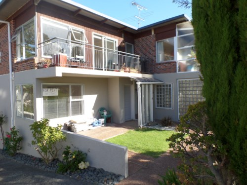 Takapuna, Be quick for this one, Property ID: 41001317 | Barfoot & Thompson
