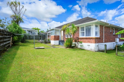 Takapuna, Great school zone, Property ID: 41002502 | Barfoot & Thompson