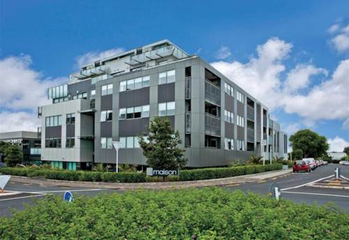 Takapuna, Excellent location in the heart of Takapuna, Property ID: 41003614   Barfoot & Thompson