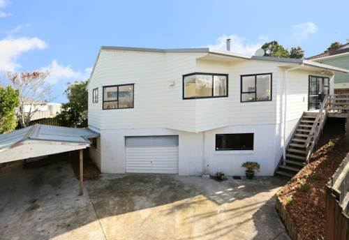 West Harbour, Recently renovated beauty, Property ID: 42000577 | Barfoot & Thompson