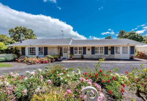 Whenuapai, Lovely family home, Property ID: 42000685 | Barfoot & Thompson