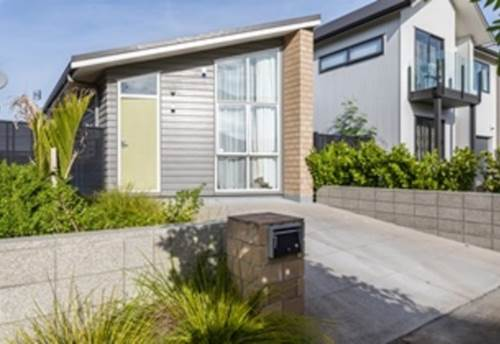 Hobsonville, Immaculate in Prime Location, Property ID: 42000686 | Barfoot & Thompson