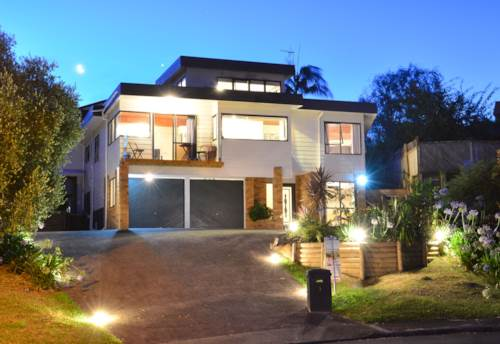 West Harbour, A wonderful home with incredible views, Property ID: 42000694 | Barfoot & Thompson