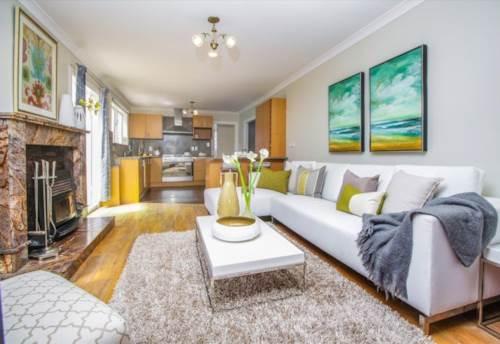 Henderson, Delightful Home, Property ID: 42000704 | Barfoot & Thompson