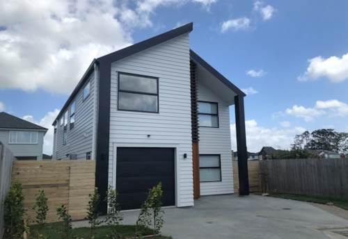 Whenuapai, Brand new executive style property, Property ID: 42000794 | Barfoot & Thompson