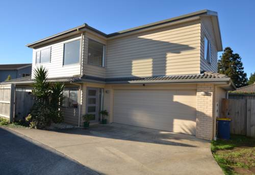 Henderson, Comfort Style and Convenient Living, Property ID: 42000798   Barfoot & Thompson