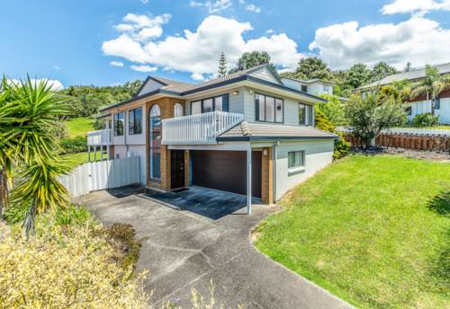 West Harbour, Gem in West Harbour, Property ID: 42000801 | Barfoot & Thompson