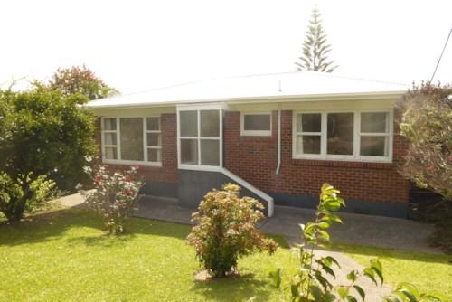 Raumanga, Good size family home, Property ID: 43000714 | Barfoot & Thompson