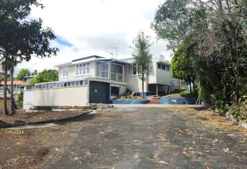Otaika, Family home just out of town, Property ID: 43000795 | Barfoot & Thompson