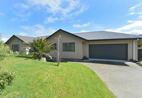 Raumanga, Modern Three Bedroom Home, Property ID: 43000820 | Barfoot & Thompson