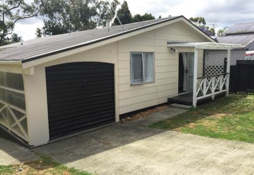 Onerahi, Family home with single garage, Property ID: 43000828 | Barfoot & Thompson
