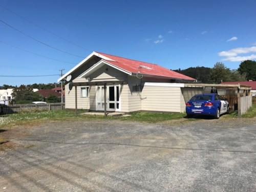 Horahora, Large family home, Property ID: 43000838 | Barfoot & Thompson