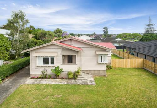 Kensington, Centrally Located Bungalow, Property ID: 43000845   Barfoot & Thompson