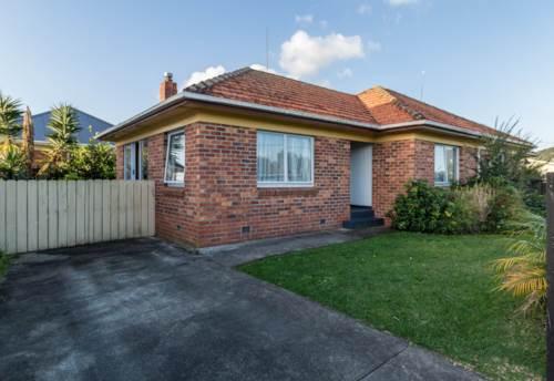Kensington, Cozy Home , Property ID: 43000899 | Barfoot & Thompson