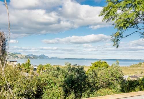 Onerahi, Amazing sea views , Property ID: 43000969 | Barfoot & Thompson