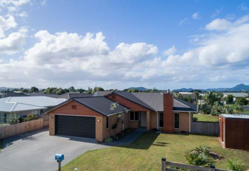 One Tree Point, 4 Bedroom Modern Home, Property ID: 43001034 | Barfoot & Thompson