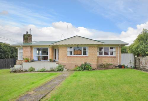 Hikurangi, Sunny Home in Hikurangi, Property ID: 43001053 | Barfoot & Thompson