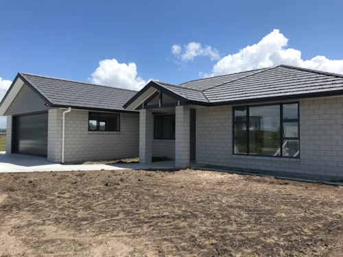 Marsden Point, Immaculate and stunnning  , Property ID: 43001066 | Barfoot & Thompson