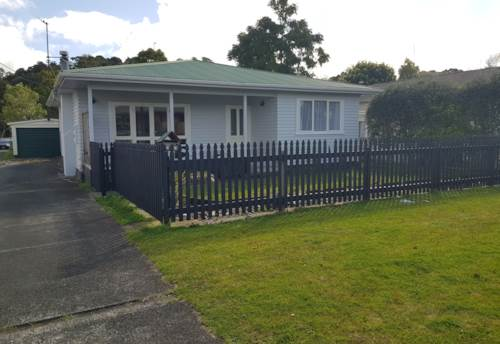 Whau Valley,  Three double bedrooms, Property ID: 43001108 | Barfoot & Thompson