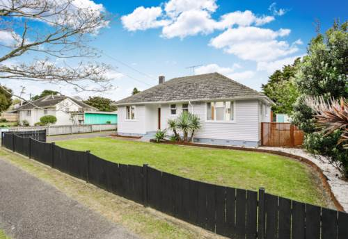 Panmure, 3 bed family home close to the water, Property ID: 45000104 | Barfoot & Thompson