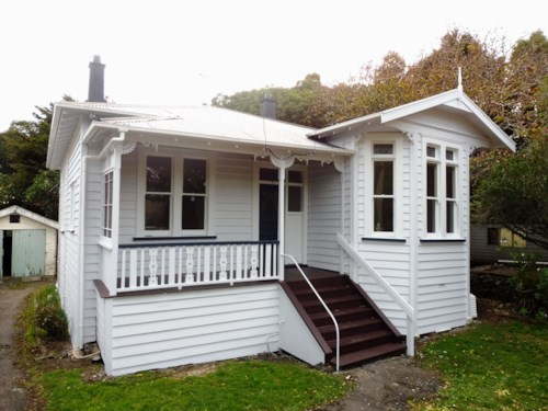 Mt Eden, 3 Bedroom Home in Spectacular Location!, Property ID: 45001329 | Barfoot & Thompson