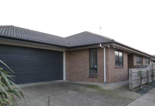 Pukekohe, GOOD LOCATION, Property ID: 46001010 | Barfoot & Thompson