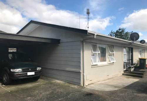 Pukekohe, HANDY TO TOWN, Property ID: 46001025 | Barfoot & Thompson