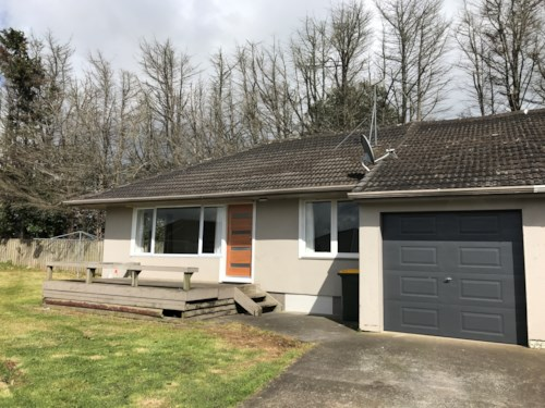 Pukekohe, FULLY RENOVATED, Property ID: 46001044 | Barfoot & Thompson