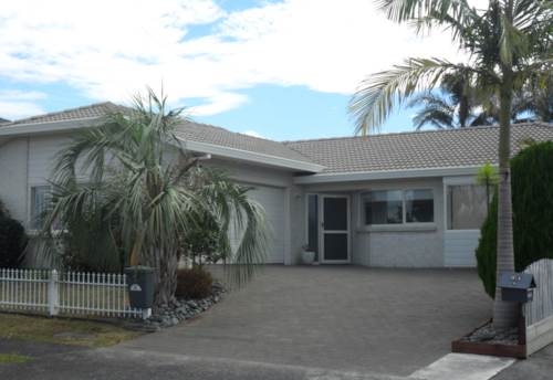 Pukekohe, WHEN LOCATION COUNTS, Property ID: 46001119   Barfoot & Thompson