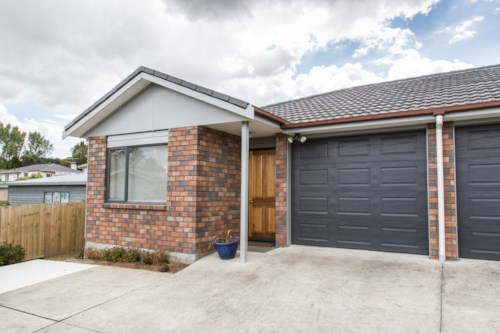 Tuakau, TIDY AND COMFORTABLE, Property ID: 46001133 | Barfoot & Thompson