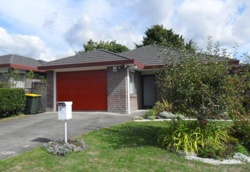 Pukekohe, A Hop, Skip and a Jump to Town, Property ID: 46001147 | Barfoot & Thompson