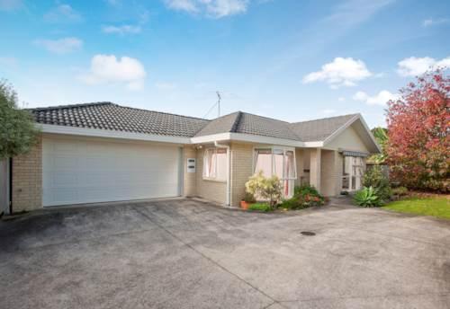 Pukekohe, POPULAR LOCATION, Property ID: 46001149   Barfoot & Thompson