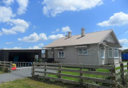 Pukekohe, TIDY BUNGALOW, Property ID: 46001167 | Barfoot & Thompson