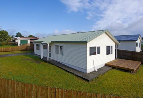 Pukekohe, RECENTLY RE-FURBISHED HOME, Property ID: 46001234 | Barfoot & Thompson