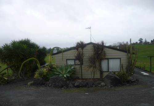 Te Kauwhata, GOOD SIZED COUNTRY COTTAGE, Property ID: 46001274 | Barfoot & Thompson