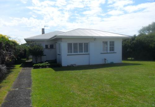 Pukekohe, HANDY TO ST JOSEPHS, Property ID: 46001280 | Barfoot & Thompson