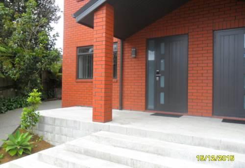 Pukekohe, Quiet Cul-de-sac Location, Property ID: 46001290 | Barfoot & Thompson