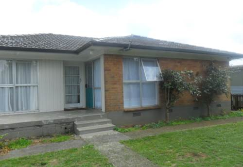 Pukekohe, SPACIOUS FAMILY HOME, Property ID: 46001296 | Barfoot & Thompson