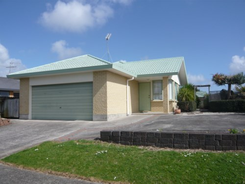 Pukekohe, VALLEY SCHOOL ZONED, Property ID: 46001297 | Barfoot & Thompson