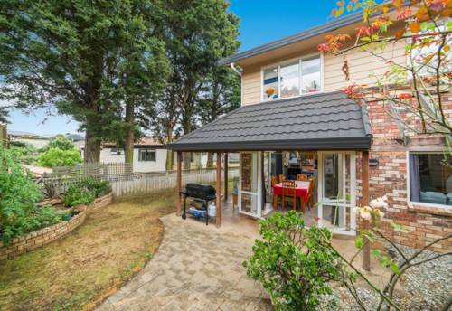 Pukekohe, VALLEY SCHOOL ZONED, Property ID: 46001325 | Barfoot & Thompson