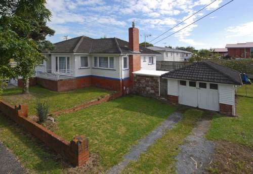 Pukekohe, READY AND AVAILABLE, Property ID: 46001384 | Barfoot & Thompson