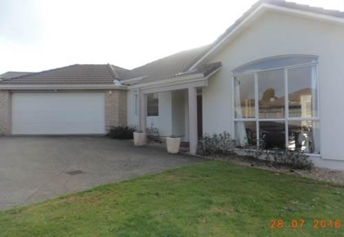 Pukekohe, PERFECT LOCATION - BUCKLAND, Property ID: 46001404 | Barfoot & Thompson