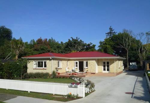 Pukekohe, FAMILY HOME, Property ID: 46001444 | Barfoot & Thompson