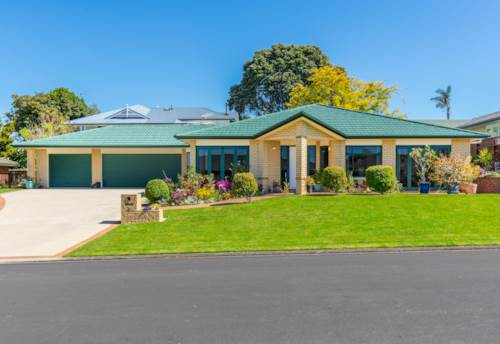 Pukekohe, PERFECTLY POSITIONED, Property ID: 46001504 | Barfoot & Thompson