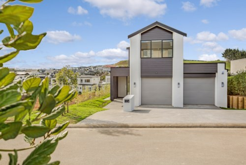 Pukekohe, NEAR NEW HOME - ANSELMI RIDGE, Property ID: 46001520 | Barfoot & Thompson