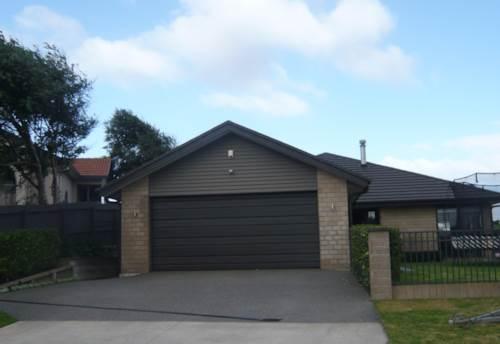 Pukekohe, SPACIOUS EXECUTIVE HOME, Property ID: 46002539 | Barfoot & Thompson