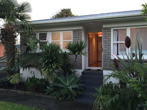 Pukekohe, LOVELY HOME BY PUKEKOHE HILL, Property ID: 46002570 | Barfoot & Thompson