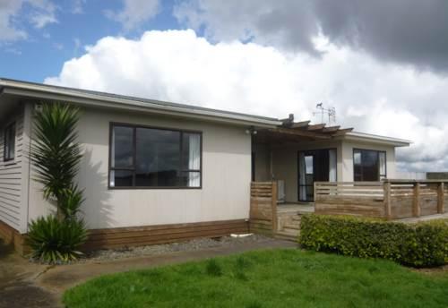 Pukekohe, COUNTRY HOME, Property ID: 46002579 | Barfoot & Thompson